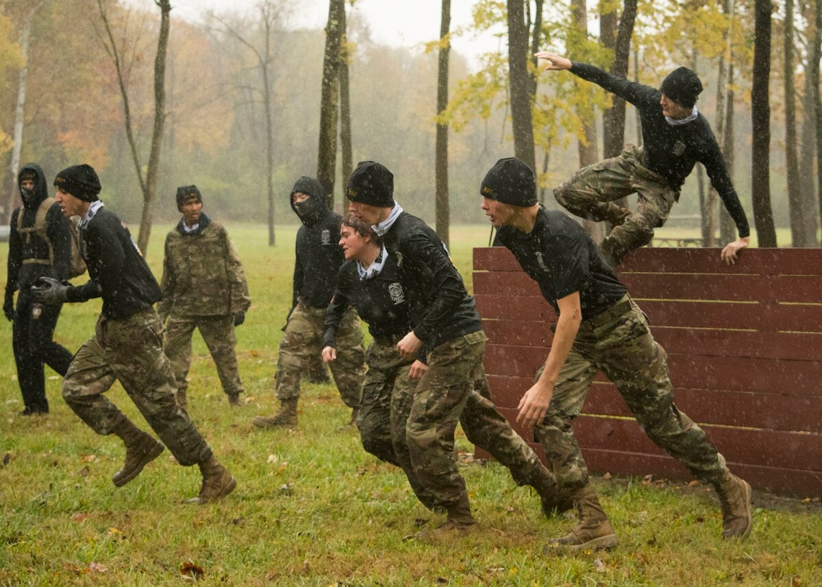 Indiana JROTC Cadets compete in the first State Raider Championship. (Capt. Jesse Bien/Army) - Image DOD